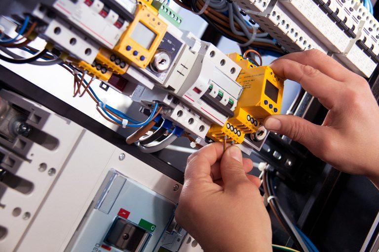 satusonic-montajes-instalaciones-electricas-huesca